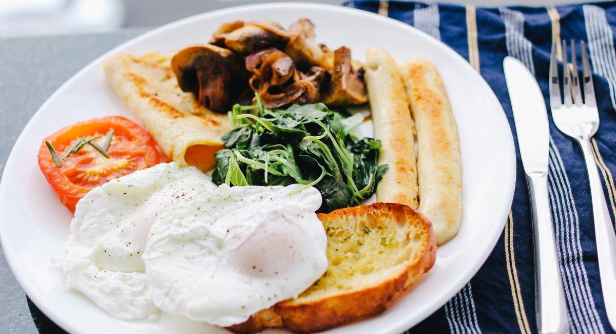 breakfast-1246686_1920